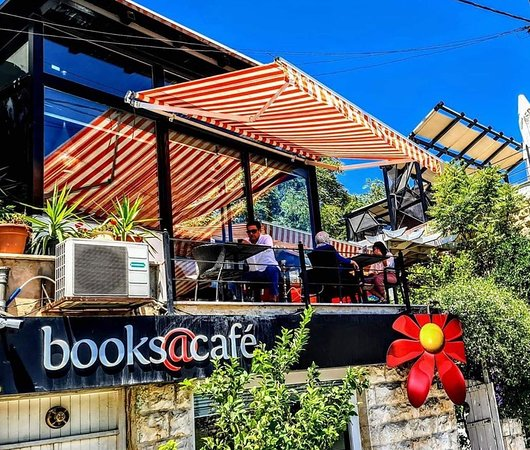 Panduan Pencinta Buku ke Yordania